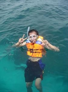 Nikmatnya Snorkeling
